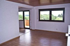 Foto 3 Wohnung bei Bad Münstereifel, 3ZKDB, 70qm, Stellpl. + 10m Balkon, 420€ Warm