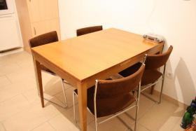 Foto 4 Wohnungsauflösung – Küche – Tisch – Stühle – Schrank – Herd – Dunstabzug – Spühle – Waschmaschine – Nürnberg