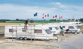 Foto 9 Wohnwagen Verwahrung Caravan INN Costa Brava Spanien