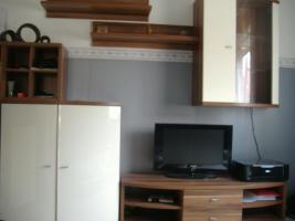 Foto 2 Wohnwand mit Kommode