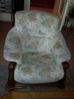 Foto 7 Wohnwand Massiv, TV-Vitrine, 2 St. CD-Säule je 200 CD´s, Tisch, Sitzgarnitur 3er-,2er Couch und Sessel