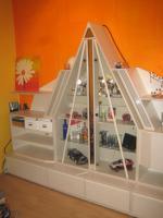 Foto 2 Wohnwand Schrankwand mit Glas-Pyramide beleuchtet weiß