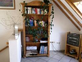 Foto 3 Wohnzimmer in Kiefer massiv mit diversen Teilen (ohne Couch)