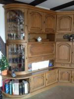 Wohnzimmer-Schrankwand Eiche