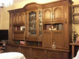 Wohnzimmer-Stilschrank, Front: Eiche-antik