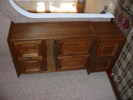 Foto 3 Wohnzimmerschrank 2 Stk. bzw Esszimmer