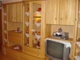 Foto 3 Wohnzimmerschrank (Echtholz)