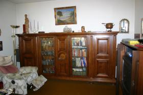 Foto 2 Wohnzimmerschrank Gelswenkirchener Barok