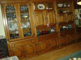 Foto 3 Wohnzimmerschrank Massivholz