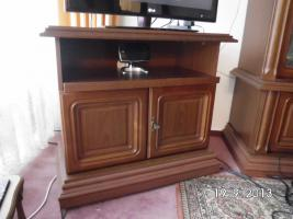 Wohnzimmerschrank mit TV Schrank Nußbaum