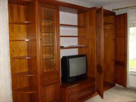 Foto 4 Wohnzimmerschrank echtes Kirschholz