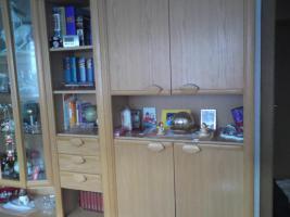Foto 2 Wohnzimmerschrank in eichehell