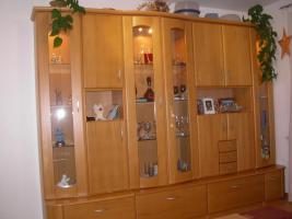 Foto 2 Wohnzimmerschrank + Couchtisch Buche Massiv
