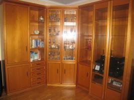 Wohnzimmerschrank, Kirschbaum mit Eckvitrine