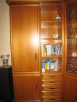 Foto 3 Wohnzimmerschrank, Kirschbaum mit Eckvitrine