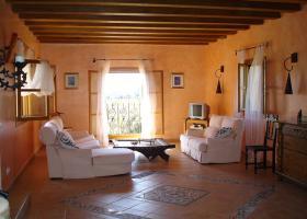 Foto 3 Wunderschöne Finca auf Mallorca mit Poollandschaft und großem Garten