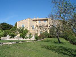 Foto 4 Wunderschöne Finca auf Mallorca mit Poollandschaft und großem Garten
