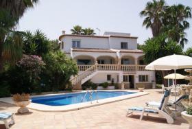 Wunderschöne Villa mit Pool in Javea an der Costa Blanca