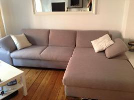 Wunderschöne und bequeme ca. 2 Jahre alte Couch