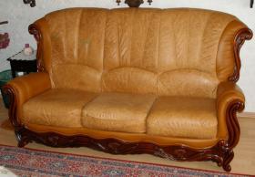 Wundersch�ne, gem�tliche Couchgarnitur Leder/Holz