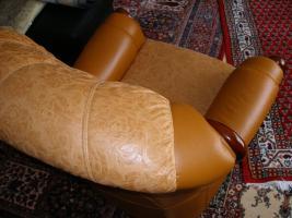 Foto 6 Wundersch�ne, gem�tliche Couchgarnitur Leder/Holz