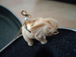 Wunderschöner seltener Anhänger mit 14 Karat Goldkette