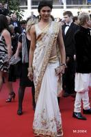 Wunderschönes Bollywood Deepika Padukone Net Sari