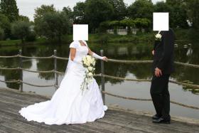 Wunderschönes Brautkleid 34/36 weiß