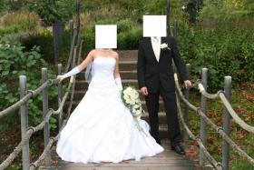 Foto 3 Wunderschönes Brautkleid 34/36 weiß