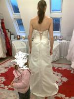 Foto 2 Wunderschönes Brautkleid Größe 34 für zierliche Frauen