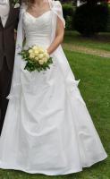 Wunderschönes Brautkleid Grösse 36 IVORY