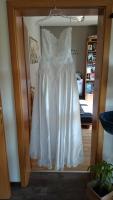 Foto 3 Wunderschönes Brautkleid Größe 36 weiß