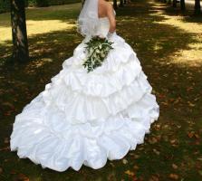 Wunderschönes Hochzeitskleid von Sincerity