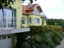 Wunderschönes Zweifamilienhaus in Ungarn zu verkaufen