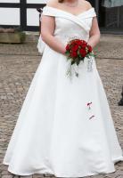Wunderschönes cremefarbenes Brautkleid, Gr. 50