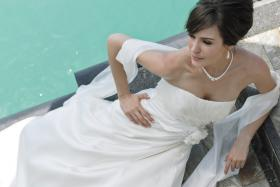 Foto 4 Wunderschönes, schlichtes, aber elegantes Brautkleid - Marylise Samantha