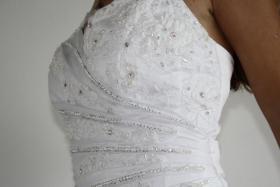 Foto 4 Wundeschönes und NEUES Brautkleid, Gr. 36-38, Farbe: weiß