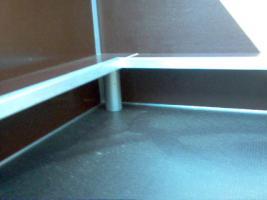 Foto 4 Wurfkiste mit Deckel und Welpenschutz