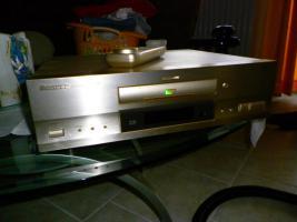 Foto 4 Yamha-DSP,1  und  Pioner DVD 717