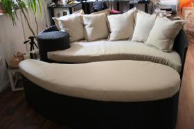 Ying Yang Couch