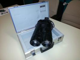 ZEISS Bildstabilisiertes Fernglas Spezial 20x60 S
