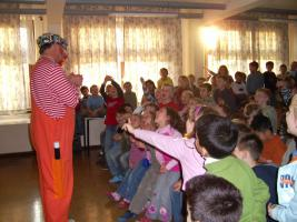 Foto 5 Zauberclown Kinderfasching Kindergeburtstag Stimmungsmusik und ein Clown