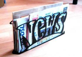 Zeitungen Zeitungsständer / Zeitschriftenständer News  by steel-print.de