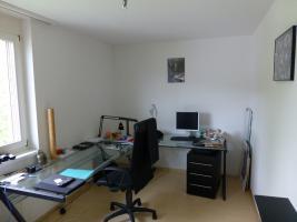 Foto 4 Zu vermieten in Toplage im grünen Ruhige Helle 41/2 Zimmerwohnung am Chrumacherweg 11A per 01.09.2013.oder nach VB