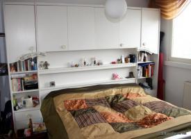 Zu verschenken: Großes Bett für die große Liebe (200x200) plus Schranküberbau