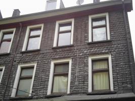 Foto 3 Zwei-Mod-8 Fam-Häuser, Kpr.295.000, -ME-40.000,00-Netto Spitzen Kapital-Anlage! zwei Modernisierte 8 Familien-Häuser Kaufpreis: Haus a)  165.000,00 Euro Haus b) 135.000,00 Euro Angebot-Nr.: <Wu-01110-A-F-On> 42105 Wuppertal- Elberfeld, City- Rand- No