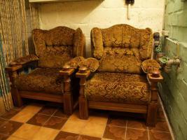 Zwei Sessel und ein 3-Sitzer-Sofa aus feinster Eiche!!!