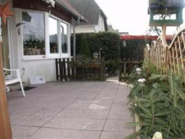 Foto 3 Zweifamilienhaus mit liebevoll gestaltetem Garten im historischen Schenkenberg