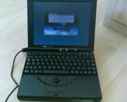älteres Dell Latitude XPi Notebook