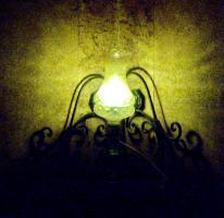 Foto 5 alte glaslampe bernsteinfarben